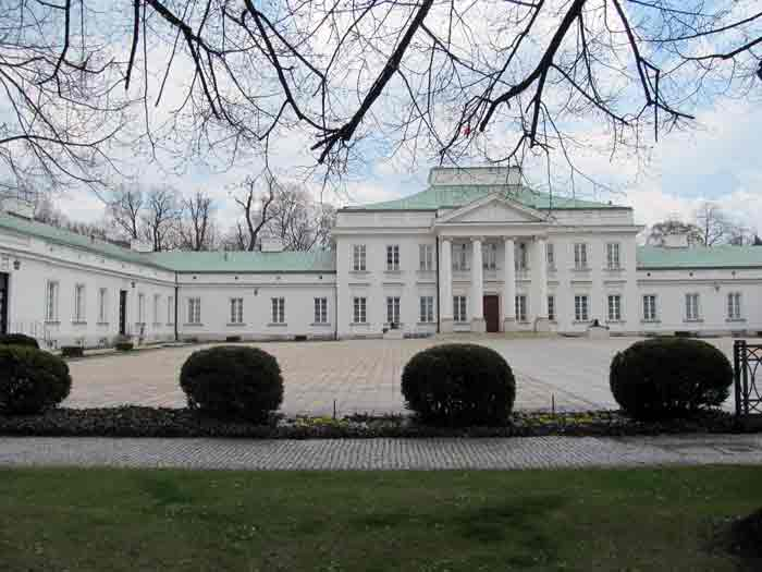 Zwiedzanie łazienek Z Przewodnikiem Zwiedzanie Warszawy